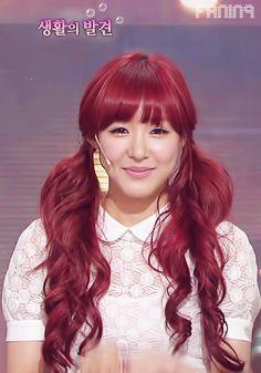 Tiffany Hwang of Girls' Generation aegyo during I Got A Boy era.