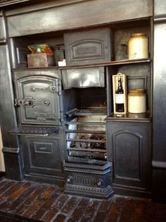 The Oxnoble at Potato Wharf: Lovely old oven in the main bar