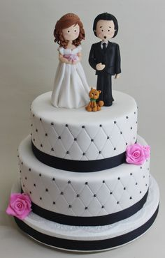 Wedding Cake by Violeta Glace