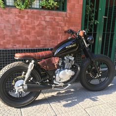 1322 Best Cafe racers, scramblers, trackers and custom motorcycles images in 2019 Suzuki Cafe Racer, Suzuki Scrambler, Cg 125 Cafe Racer, Estilo Cafe Racer, Suzuki Motos, Moto Bike, Cafe Racer Motorcycle, Motor Scrambler, Triumph Motorcycles