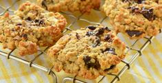 This absolutely wonderful oatmeal chocolate chip cookie recipe combines the best of both worlds. Two all-time favorite cookie flavors! Now, if your children - or husband for that matter - sneak int...