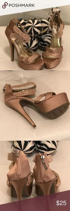 """Mix No. 9 Sz 7.5 Nude Rhinestone Platform Heels 6"""" Gorgeous Stilettos Platform Heels. Silver Gold Rhinestones. They have small scuffs but in excellent condition. They have a back Zipper. No Box. Shoes Heels"""