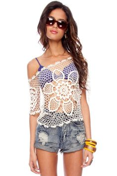 Daffodil Crochet Top in Off White :: tobi from TOBI. Shop more products from TOBI on Wanelo. Crochet Bolero, Crochet Shirt, Crochet Lace, Crochet Capas, Crochet Summer Tops, Fashion Moda, Crochet Clothes, Passion For Fashion, Blouse