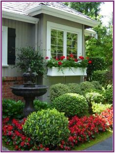 39 Awesame Front Yard Garden Landscaping Design Ideas And Remodel - front yard landscaping ideas simple Small Front Yard Landscaping, Backyard Landscaping, Landscaping Ideas, Landscaping Borders, Florida Landscaping, Backyard Fences, House Landscape, Garden Landscape Design, Landscape Timbers