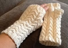 Pulshansker Leg Warmers, Fingerless Gloves, Legs, Accessories, Fashion, Leg Warmers Outfit, Fingerless Mitts, Moda, Fashion Styles