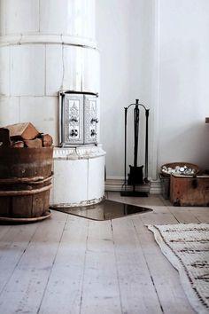 Traditional Swedish Tiled Stove / kakelugn