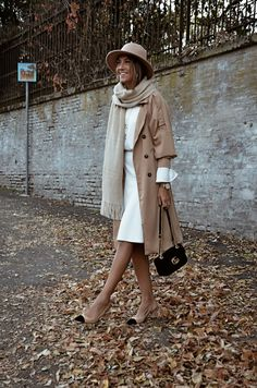 how to look expensive on a budget, gucci marmont, beige coat, hat, fall outfit