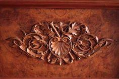 Wooden ornament by Adagem