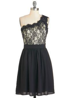 """NWT Formal Flourish Dress - Size Medium - B - 34""""  W - 28""""   L - 34.5""""   - (M1) - 24"""