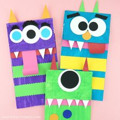 Paper Bag Monster Puppets Kids will love using their creativity to create these paper bag monster puppets. Fun Halloween craft for kids and monster kids craft. Diy Paper Bag, Paper Bag Crafts, Wrapping Ideas, Quick Halloween Crafts, Halloween Party, Halloween Kids, Monster Bookmark, Halloween Classroom Decorations, Monster Crafts