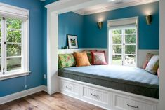 Blue Paisley Room WIth Built-In Daybed
