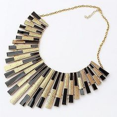 Maxi Collar by Bisuteria Online, via Flickr