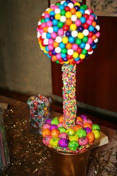 Yummy gummy topiary (by Rhonda Patton weddings)