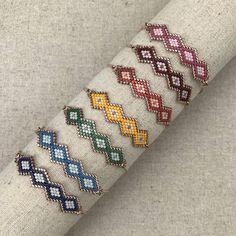 Bracelet vert Kira en tissage de rocailles Miyuki avec chaîne