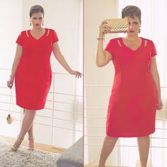 Look Plus Size elegante - vestido vermelho