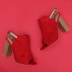 Sandale cu toc Merida rosu Merida, Heeled Mules, Peeps, Peep Toe, Shoes, Fashion, Moda, Zapatos, Shoes Outlet