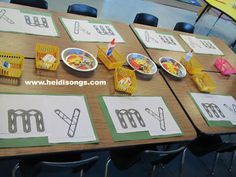 MORE Morning Routines that Really Work for Pre-K and Kindergarten Before I leave school, I set up my class for the next day. This is an example of how I set up my art table. Each child has all of the supplies that he or she needs to complete each project Morning Activities, Pre K Activities, Classroom Activities, Classroom Ideas, Classroom Projects, Future Classroom, Educational Activities, Kindergarten Morning Work, Kindergarten Literacy