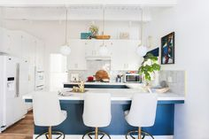 """love this whole kitchen but especially that there are no """"granite counter tops and stainless steel appliances"""" to be found!"""