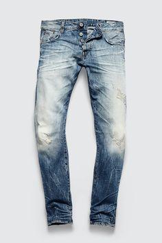 Jeans Archives - Top Fashion For Men Raw Denim, Denim Jeans Men, Love Jeans, Jeans Style, Denim Art, Denim Ideas, Destroyed Jeans, Men Looks, Vintage Denim