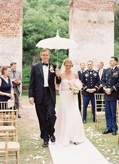 Rainy South Carolina Wedding by Landon Jacob - Southern Weddings Rainy Wedding, Farm Wedding, Wedding Tips, Wedding Vendors, Wedding Styles, Wedding Ceremony, Wedding Photos, Wedding Planning, Wedding Day
