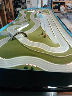 20 best slot cars images in 2019 Rc Track, Slot Car Race Track, Slot Car Racing, Slot Car Tracks, Las Vegas, Cars 1, Race Cars, Tyco Slot Cars, Carrera Slot Cars