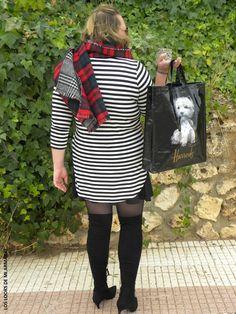 Look OVER KNEE BOOTS & RAYAS LOS LOOKS DE MI ARMARIO. #loslooksdemiarmario #winter #primark #outfitcurvy #invierno #look #lookcasual #lookschic #tallagrande #curvy #plussize #curve #fashion #blogger #madrid #bloggercurvy #personalshopper #curvygirl #lookinvierno #lady #chic #looklady #lookblancoynegro #whiteandblack  #zara #botasmosqueteras #look #outfit #lookbotasaltas #tartan #overkneeboots #botasnegras #camisetarayas #faldaneopreno  @zara #lookrayas #workinggirl #leggingsboots