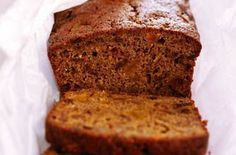Looking for low fat cake recipes, healthy cake recipes, fruit loaf recipes, diet cake recipes or cheap cake recipes? This delicious fat-free fruit cake won't ruin your diet. It takes just 15 minutes to prepare and costs per slice - bargain! Fat Cakes Recipe, Cake Recipes Uk, Healthy Cake Recipes, Loaf Recipes, Baking Recipes, Dessert Recipes, Breakfast Recipes, Dessert Cups, Healthy Baking