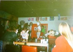Totally Vintage!: 1990-luku: alakulttuurit, sub cultures und sub Vultures ;) Underground