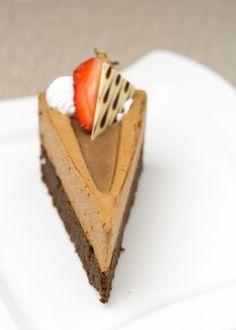 Brownie Cake, No Bake Cake, Mousse, Waffles, Cheesecake, Sweets, Baking, Breakfast, Recipes