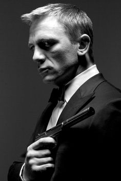 I definitely like this man with a gun. Daniel Craig our James Bond