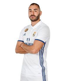 Web Oficial con la ficha detallada de Karim Benzema, delantero del Real Madrid, con su estadísticas y las mejores fotos, vídeos y noticias.