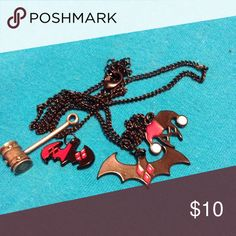 Hot Topic Harley Quinn Necklace with 4 Charms Black Chain with 4 Harley Quinn Charms Hot Topic Jewelry Necklaces