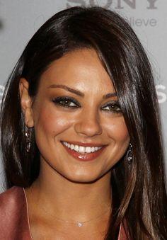 Mila Kunis wearing Dana Rebecca Designs Lauren Joy Necklace