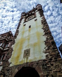 Martinstor, Freiburg #tower #torre #turm #medieval #mittelalter #martinstor #freiburg #friburgo🇩🇪 #badenwürttemberg #deutschland  #kodak_photo #kodakpixpro #az362
