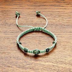 String bracelet with Turquoise, Paracord bracelet, Turquoise bracelet, Bright green bracelet, Braided bracelet, Summer bracelet for women