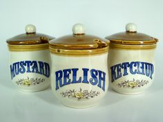 Vintage kitsch condiment ceramics. For sale with AlienVintage on Etsy.