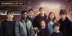 #5thWaveMovie Set Visit Winner, @realradreads, joins the cast on set! (January 27, 2015)
