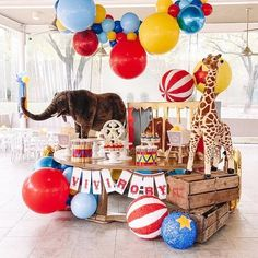 Festa Moana: 70 decorating ideas and theme pictures - Home Fashion Trend Decoration Cirque, Circus Party Decorations, Circus Carnival Party, Circus Theme Party, Carnival Birthday Parties, Birthday Party Themes, First Birthday Parties, Vintage Circus Party, Circus Wedding