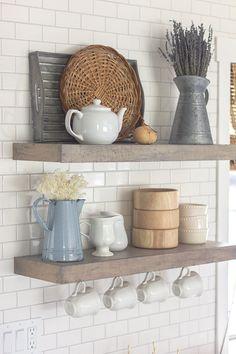Kitchen shelf styling / Modern Farmhouse Spring Home Tour from Jenna Sue Design… Modern Farmhouse Decor, Modern Farmhouse Kitchens, Farmhouse Kitchen Decor, Home Decor Kitchen, New Kitchen, Home Kitchens, Farmhouse Style, Kitchen Ideas, Rustic Farmhouse