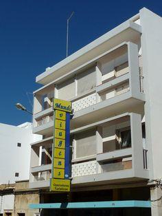 Algarve, Portugal, Portuguese, Motor, Modern Architecture, Multi Story Building, Design Ideas, Interior Design, Trendy Tree