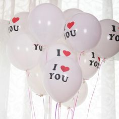 10pcs/Lot 12 Inch Thickening Latex Wedding Balloon I LOVE YOU Multicolor Round Latex Balloons Valentine's Day Decorations   http://www.slovenskyali.sk/products/10pcslot-12-inch-thickening-latex-wedding-balloon-i-love-you-multicolor-round-latex-balloons-valentines-day-decorations/   material :LatexInflated size:12 inchesWeight:2.5g/pieceQTY :10pcs/lotcolors :Purple,Green,Black,Red,Yellow,Orange,Pink,Rose.packaging:opp bags