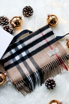 Early Christmas Present Unboxing - Burberry Schal, Burberry Scarf, Burberry Cashmere Scarf, Checked Scarf, karierter Schal, Burberry Giant Icon Scarf, Unboxing, Review