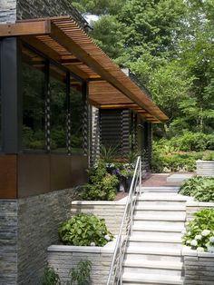 contemporary home garden ideas retaining walls flowers wooden pergola design