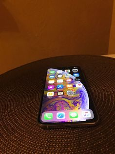 Accessoires Iphone, Buy Apple, Apple Inc, Simple Life Hacks, Apple Products, Homescreen, Apple Watch, Apple Iphone, Layouts
