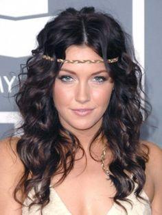 nice 35 Schönes und trendy Frisuren für lange Haare #Frisuren #für #Haare #Lange #Schönes #Trendy