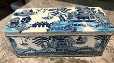 Vintage Rectangle Blue Willow Lithograph Tin with Hinged Lid