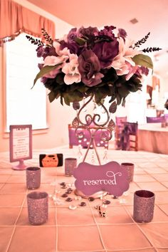 Our DIY centerpeices :  wedding centerpiece diy glitter Table4