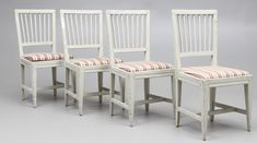 Eladó székek, kárpitos ok - Antik bútor, antique furniture Outdoor Chairs, Dining Chairs, Outdoor Furniture, Outdoor Decor, Industrial Loft, Country Chic, Antique Furniture, Shabby Chic, Antiques