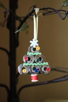 Christmas DIY : Handmade by Samantha Sewing Bobbin Christmas Tree Ornament Christmas Ornaments To Make, Christmas Sewing, Christmas Projects, Handmade Christmas, Holiday Crafts, Christmas Crafts, Christmas Decorations, Etsy Christmas, Button Ornaments