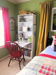 DIY Bookcase desk~ good for small spaces Bookcase Desk, Space Saving Desk, Desk In Living Room, Dining Room, Diy Desk, New Room, Girl Room, Home Projects, Decoration